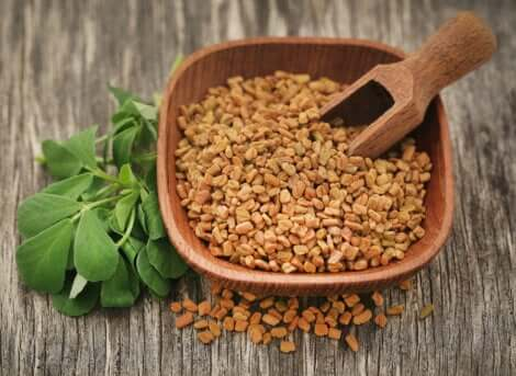 A bowl of fenugreek.