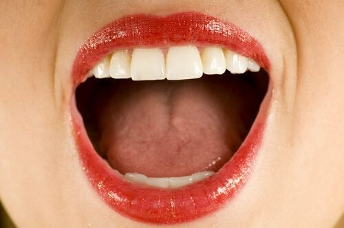 Find Out What Causes a Metallic Taste in Your Mouth
