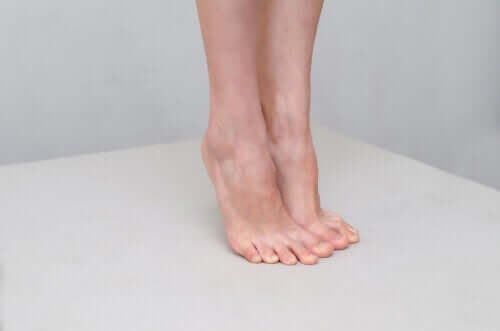 Seven Natural Home Remedies to Treat Athlete's Foot