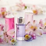 Perfumes containing phthalates