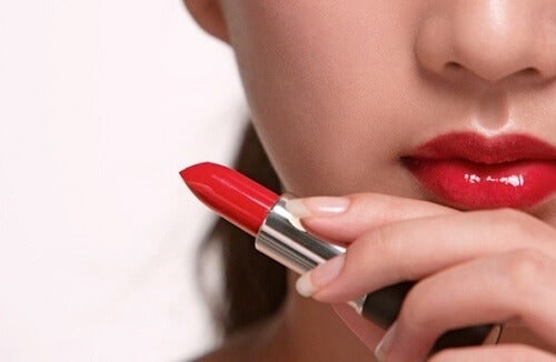 The Harmful Beauty Products You Should Stop Using