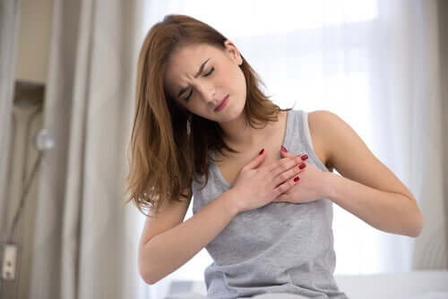 A woman with pain in her chest.