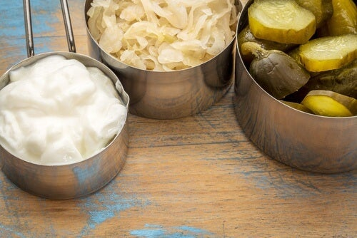 yogurt, fermented cabbage, and pickles for probiotics to prevent constipation