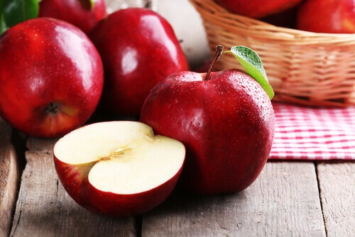 Burn belly fat by eating apples