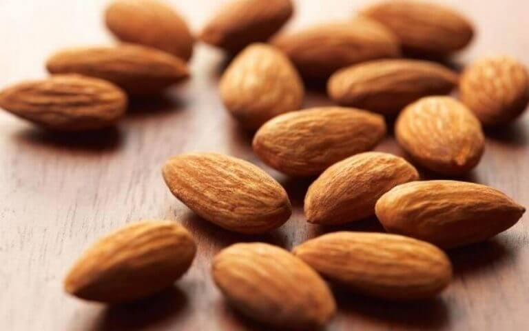 raw, natural almonds