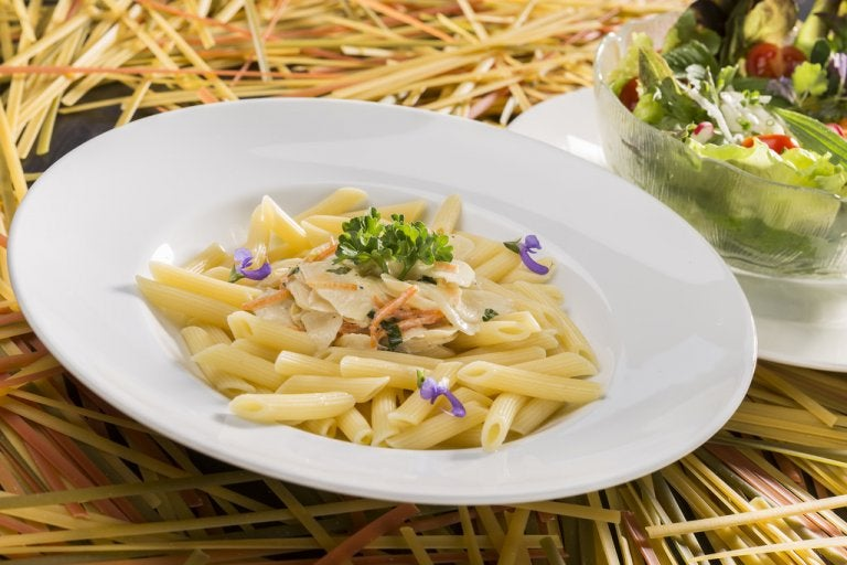 How to Make a Creamier Pasta Dish without Cream or Cheese