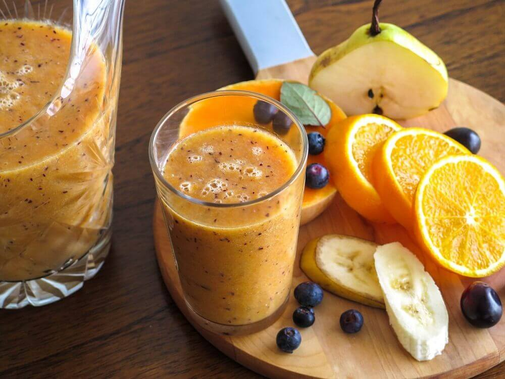 Pear and Orange Smoothie to improve blood flow
