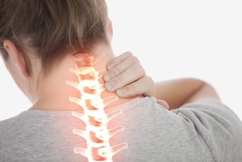 Reduce Neck Pain With These 4 Easy Exercises