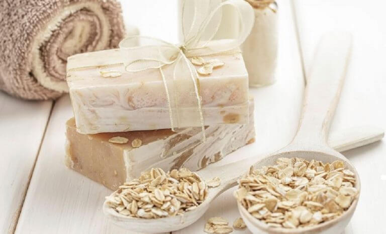 How to make this homemade oat and honey soap