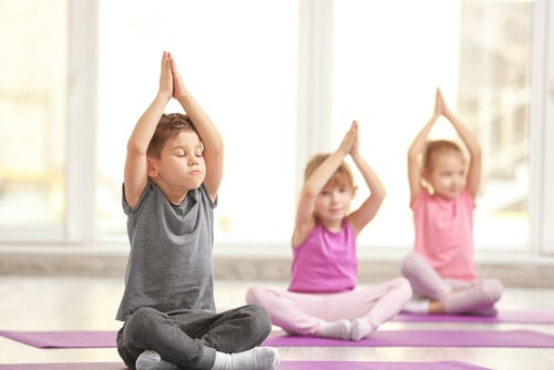 Three Fabulous Benefits of Yoga for Kids