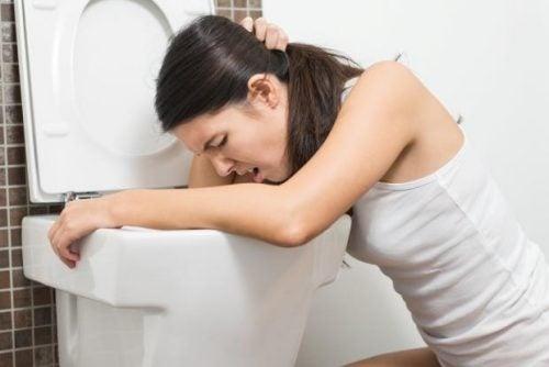 신장 결석이 있으면 나타나는 8가지 증상