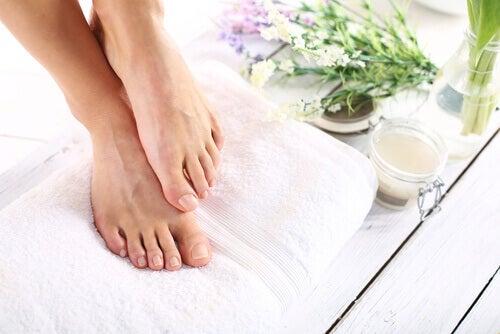 Four Efficient Ways to Get Rid of Foot Bulges