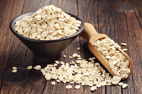 Raw oatmeal
