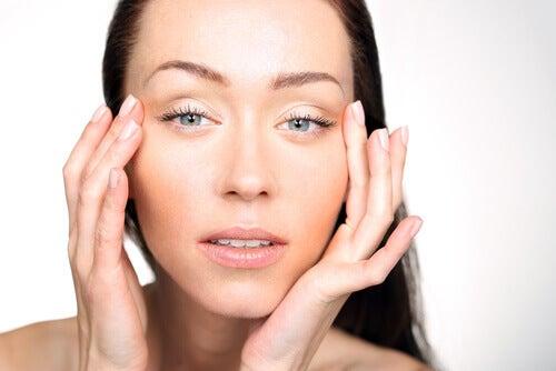비타민 결핍 눈의 붓기