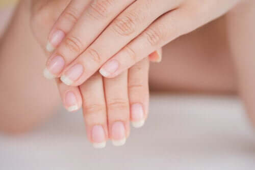Eight Health Problems Your Hands Reveal