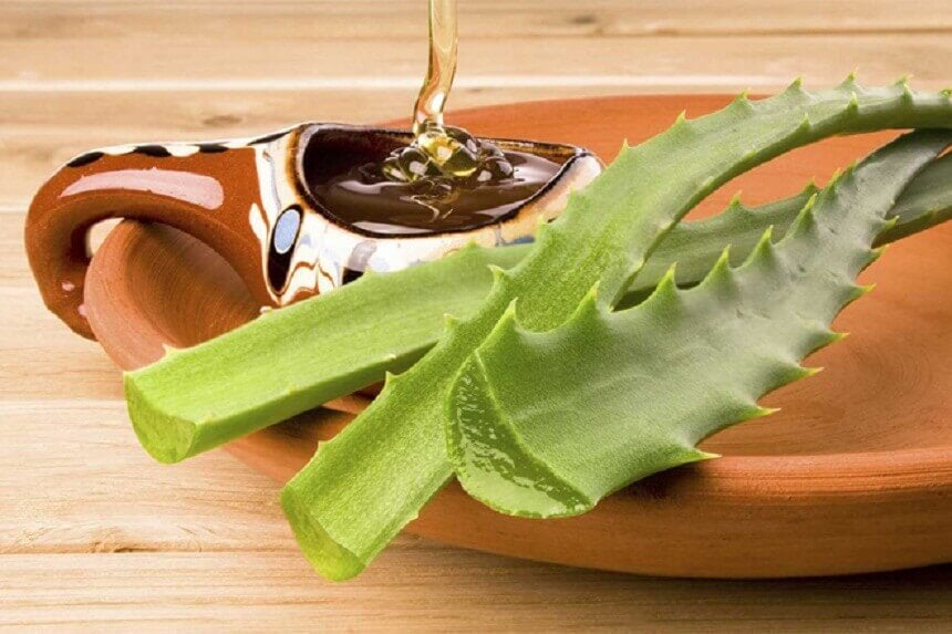 Aloe vera, honey and hydrogen peroxide