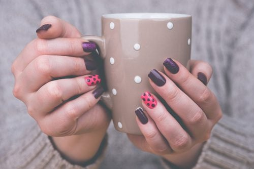 We Tend To Think That A Good Manicure Is Only That Which We Receive At A  Beauty Salon. However, You Can Create Beautiful Designs In Your Own Home  And Get ...