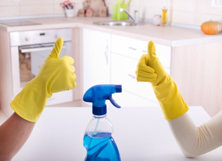 The Best Ways to Disinfect Your Bathroom