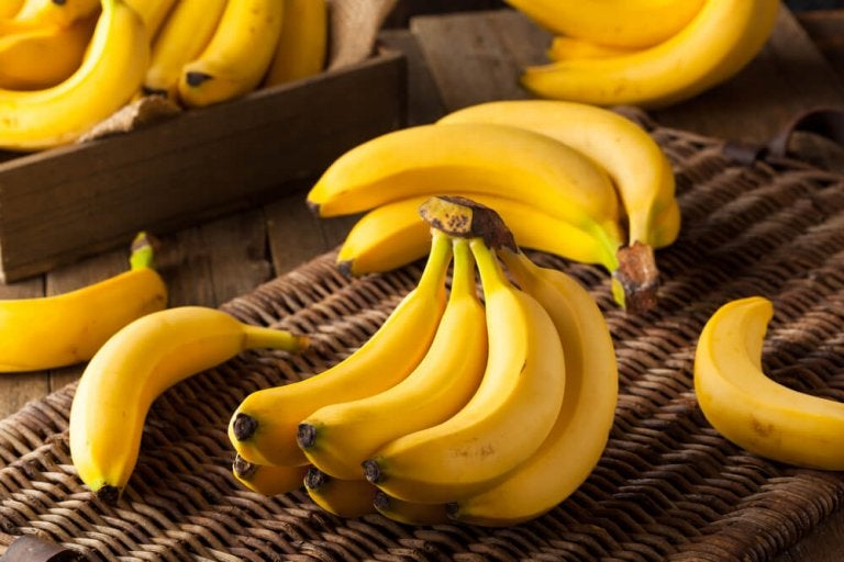 What Happens To Your Body If You Start Eating Two Bananas a Day