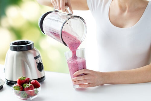 Smoothies to shrink your waist