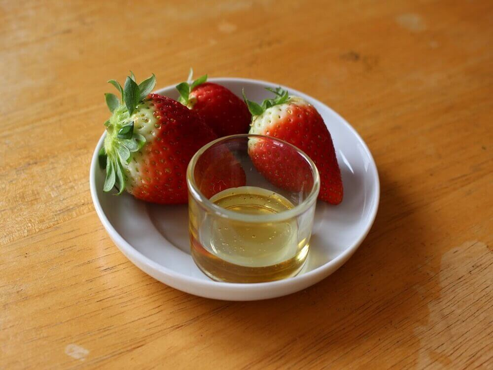 Strawberries and olive oil
