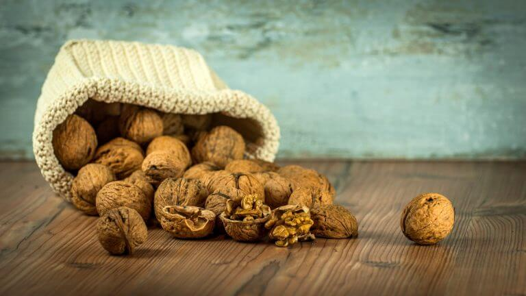 Benefits of Walnuts for Your Stomach
