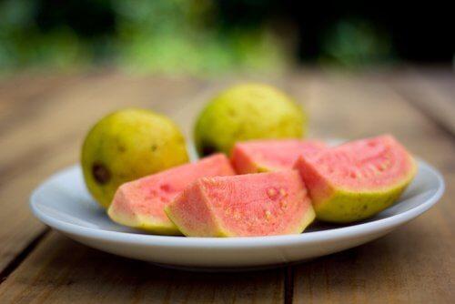 Characteristics of guava