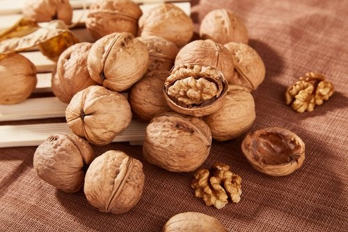 Data Regarding Eating Walnuts