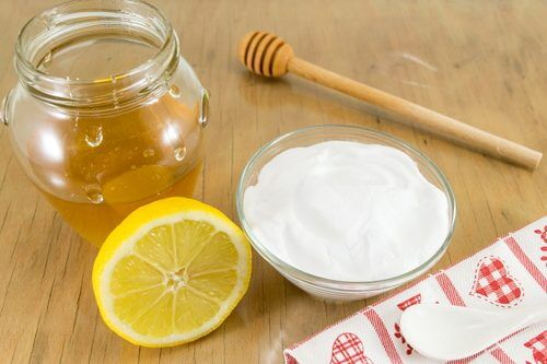 Baking soda mixed with honey