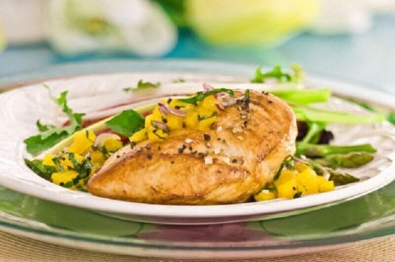 Chicken in cream with sweetcorn