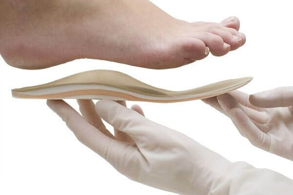 Use orthopaedic insoles