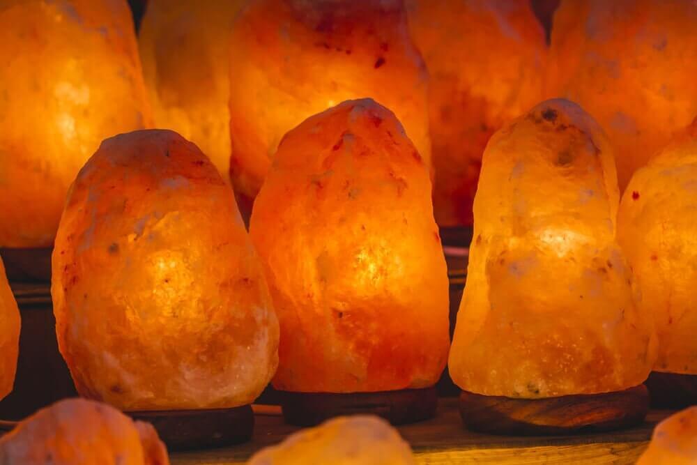 히말라야 소금램프의 5가지 효능