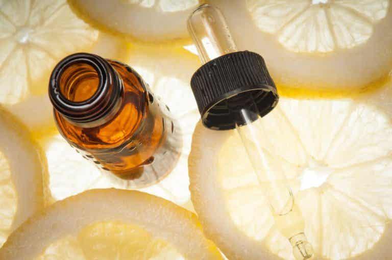 How to Make Lemon Essential Oil