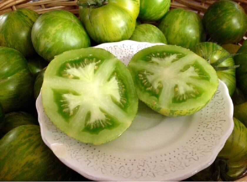 Green tomato and baking soda