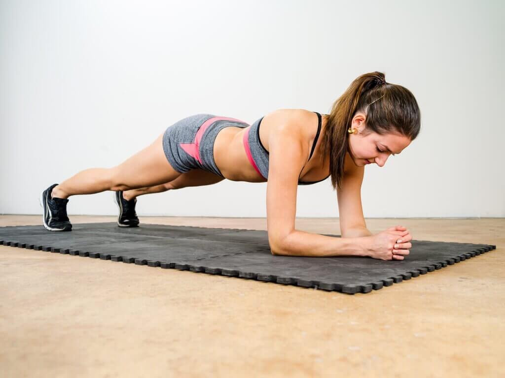 Plank: abdominal exercises.