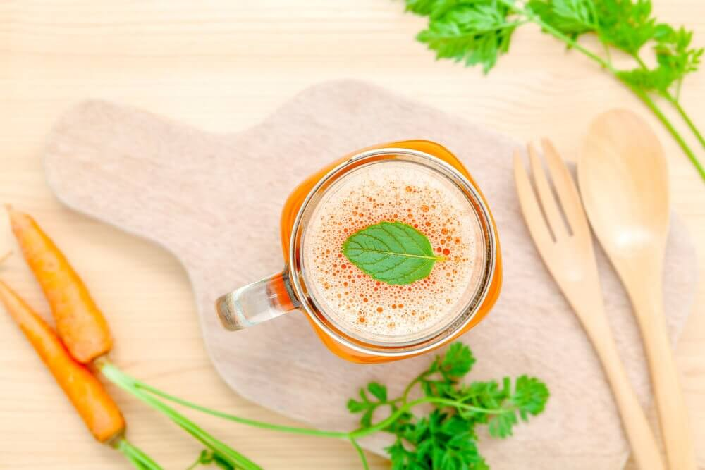 Carrot herb beverage: hypothyroidism pregnancy drink.