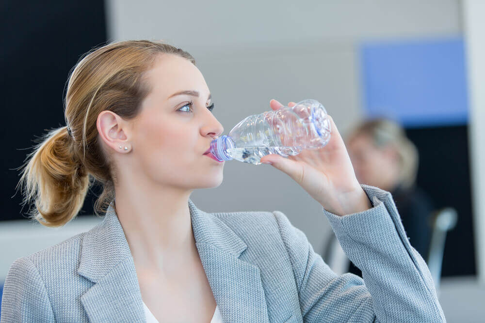 Dehydration can cause dry skin