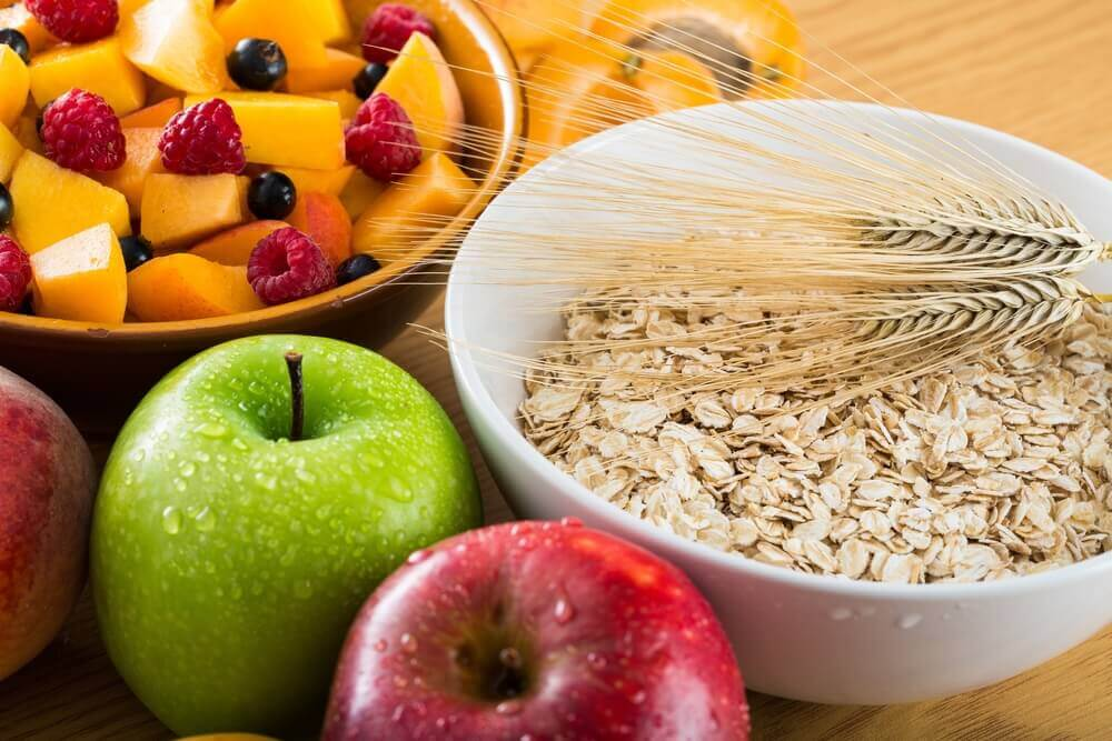 Fiber in apples and oatmeal.
