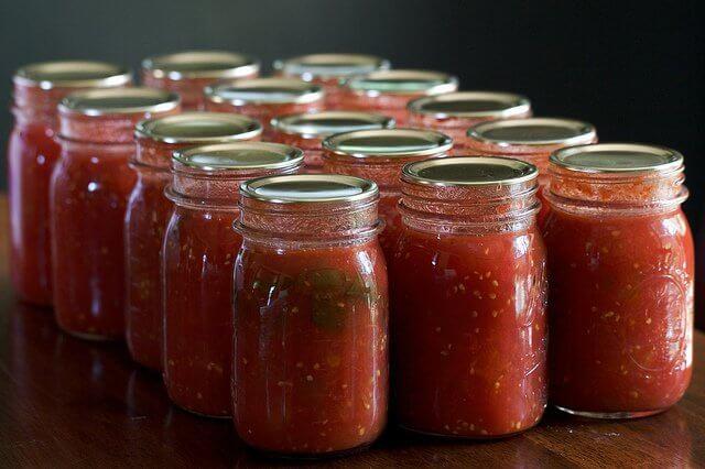 tomato sauce in jars