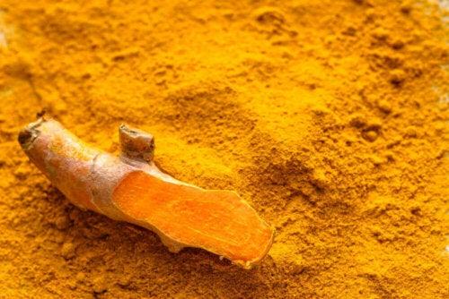 turmeric powder and root