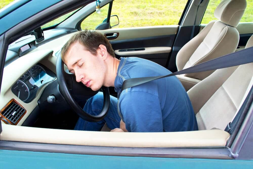 9 Tips to Stay Awake When Driving