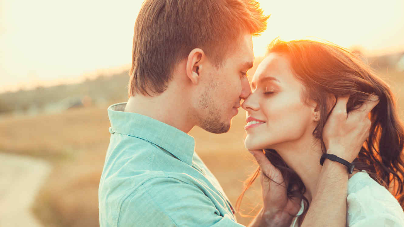5 Amazing Things that Happen to Your Body when You Fall in Love