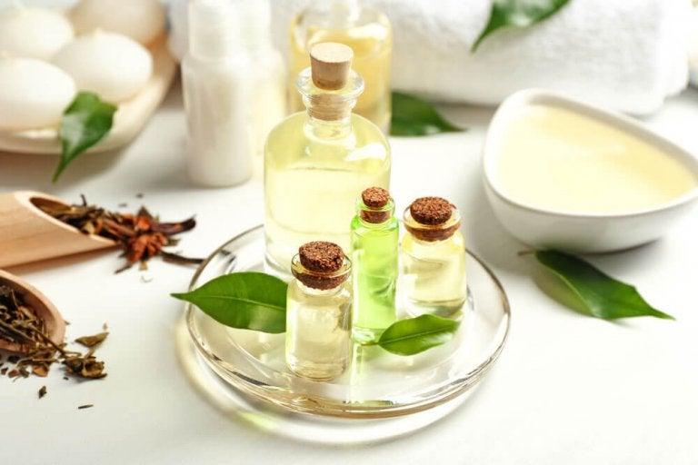 4 Tea Tree Oil Masks for Hair Loss
