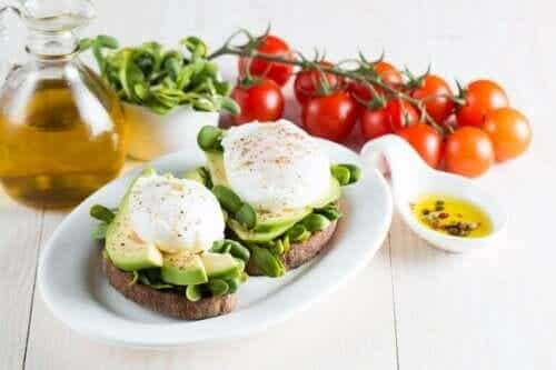 Control Bad Cholesterol Levels with a Healthy Diet