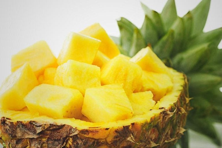 Easy, Effective Natural Remedies with Pineapples