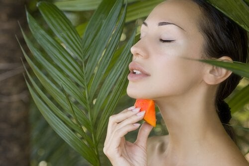 Papaya treatment used for acne