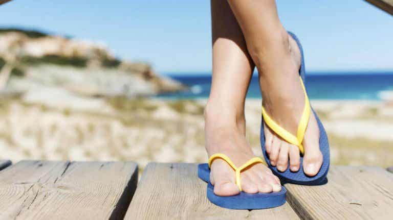 Possible Foot Problems Caused by Flip Flops