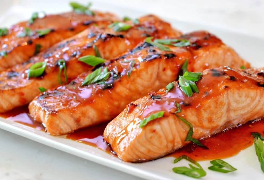 Salmon in lemon sauce