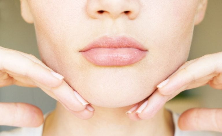 5 Exercises and Home Remedies to Reduce Your Double Chin