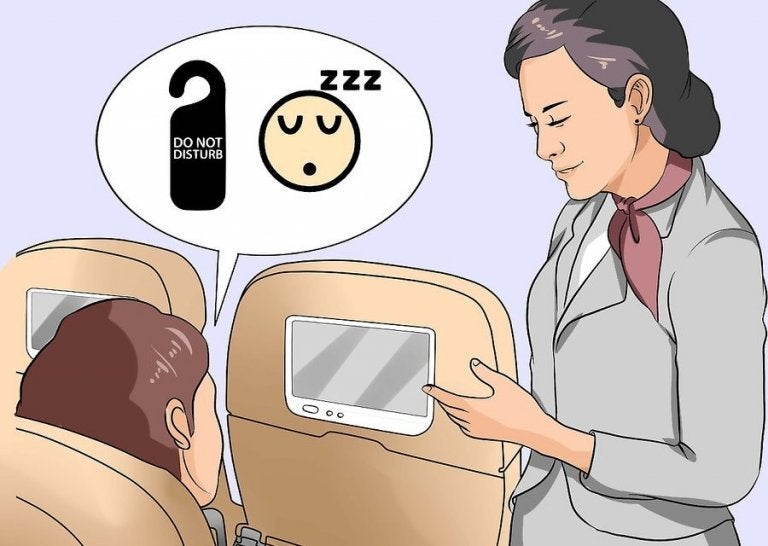 9 Tricks for Those Who Can't Sleep on Planes
